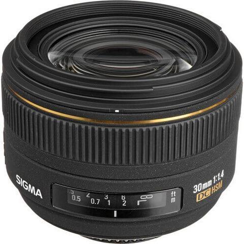 Lente Sigma 30mm f 1.4 EX DC HSM para Nikon - Lente de Câmera ... 2c10aab432