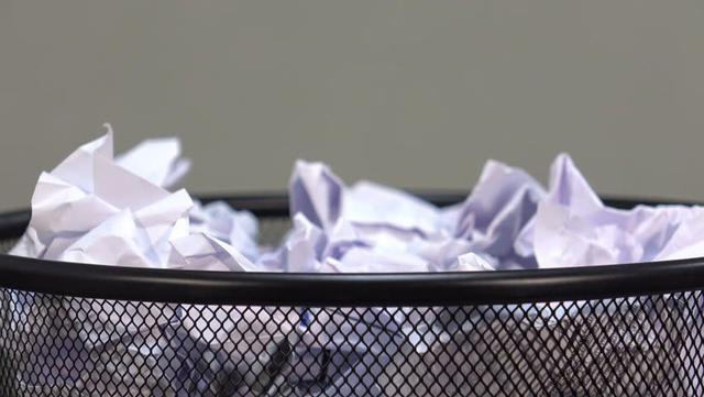 Imagem de Lixeira de Escritório em Aço Telado 11 Litros