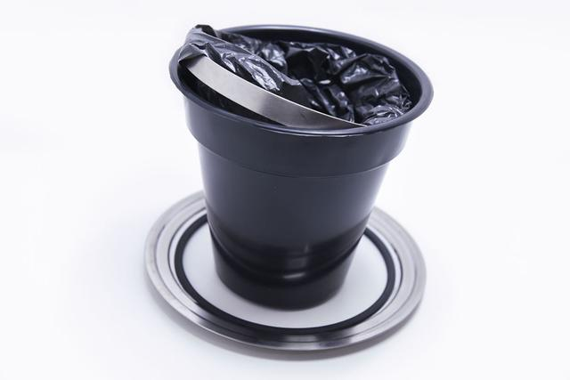 Imagem de Lixeira Pia Cozinha Embutir Inox Brilhante Balde Plástico 5 Lts
