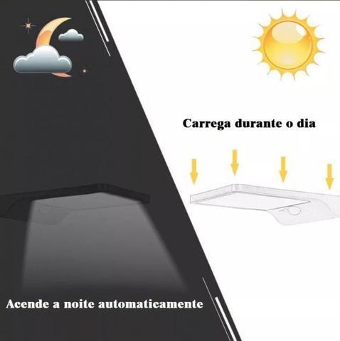 Imagem de Luminária Refletor Solar 200w Potente Controle Remoto Poste Parede Led  Preta Oversun