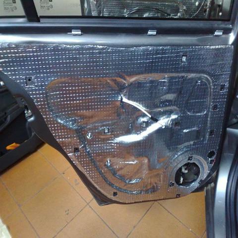 Imagem de Manta Asfaltica Auto Adesiva Aluminizada 15 Cm X 10 Metros (Kit) 2 rolos