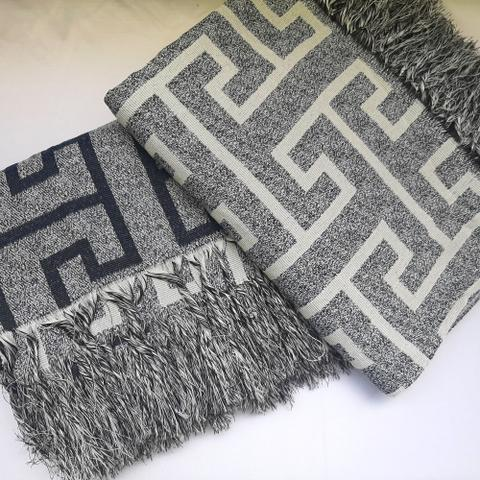 Imagem de Manta Para Sofa Decorativo Com Franja 3 lugares cinza e azul marinho