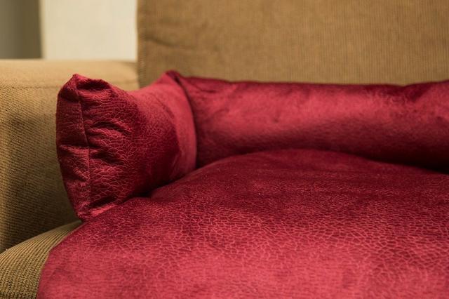 Imagem de Manta para Sofá Luppet com encosto para Cachorro ou Gato Vermelho