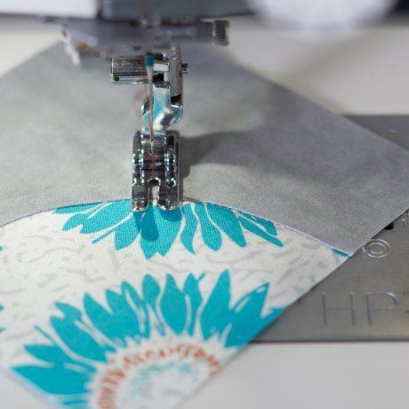 Imagem de Máquina de costura 200 pontos - mc6700p