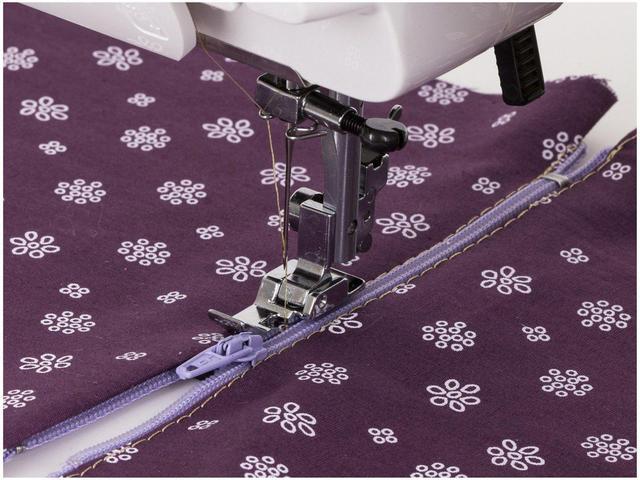 Imagem de Máquina de Costura Janome 1006P  127-V- Portátil- ATENÇÃO  VOLTAGEM 127V