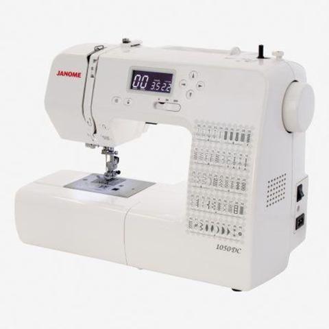 Imagem de Máquina de Costura JANOME Eletrônica 50 Pontos 1050DC
