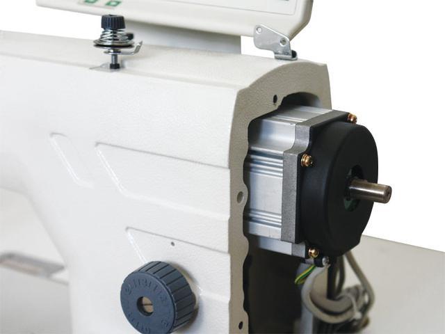 Imagem de Máquina de Costura Reta Industrial Eletrônica Leve Rolamentada c/ Direct Drive, 1 Agulha, 5000ppm, Lubrif. Automática, ZJ9800A