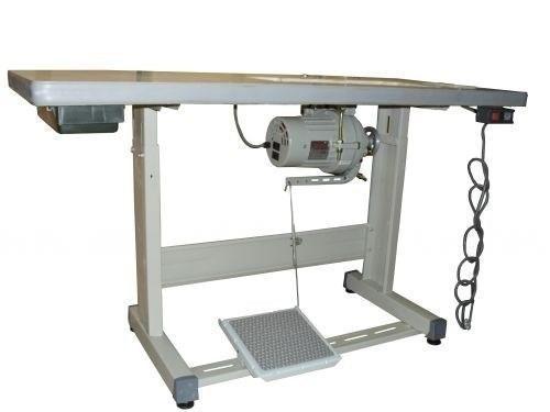 Imagem de Máquina de Costura Reta Yamata