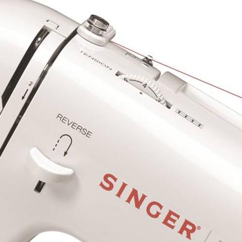 Imagem de Máquina de Costura Singer Tradition 2250 220V