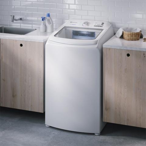Imagem de Máquina de Lavar 13kg Electrolux Essential Care com Cesto Inox, Jet&Clean e Ultra Filter (LED13)