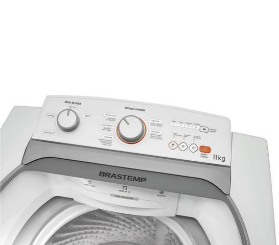 Imagem de Máquina de Lavar Brastemp 11kg com Ciclo Tira Manchas e Ciclo Delicado