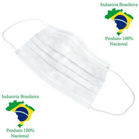 Imagem de Máscara Cirúrgica Descartável TNT Tripla com Elástico Clipe Nasal e Anvisa 50 Un - Santa Clara