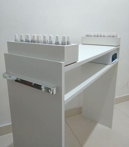 Imagem de Mesa P/ Manicure C/ 2 Compartimentos P/Esmaltes 100%mdf