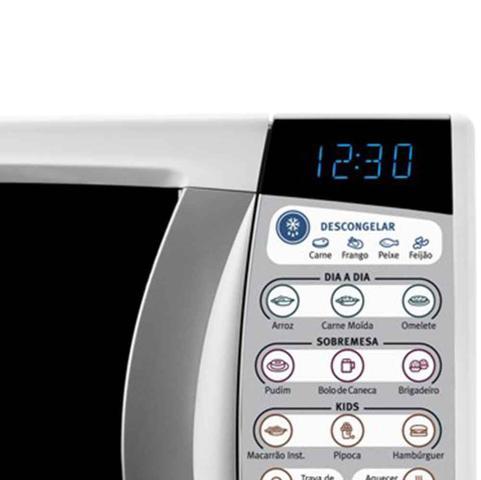 Imagem de Micro-ondas Inox Electrolux 20L MTD30