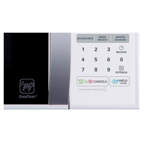 Imagem de Micro-ondas LG Easy Clean Branco 30L 220v - MS3052RA
