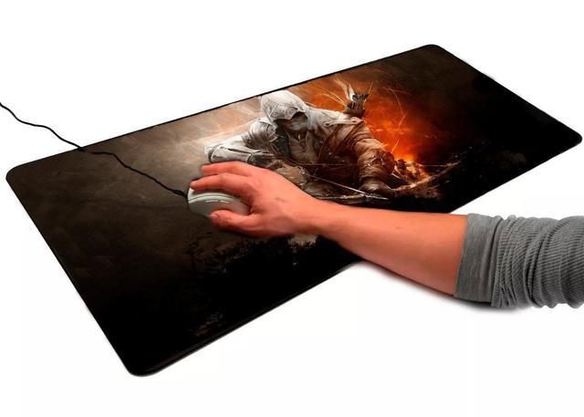 Imagem de Mouse Pad Gamer Grande 70x35cm Antiderrapante Bordas Costuradas Estampa Assassino  Exbom MP-7035C-A