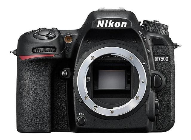 Câmera Digital Nikon Corpo Preto 20.9mp - D7500