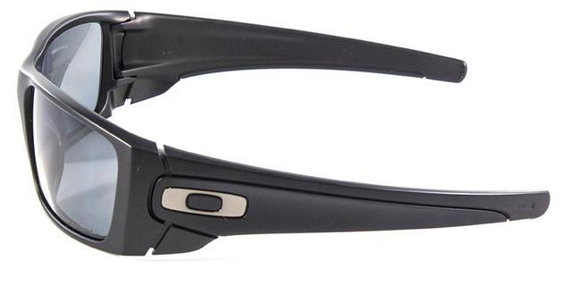 a423f19f59ea6 Óculos de Sol Fuel Cell OO9096 Preto Polarizado - Oakley - Óculos de ...