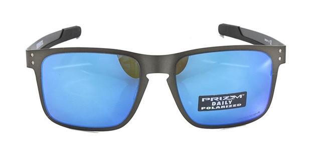 0973f5c88c Imagem de Óculos de Sol Oakley Holbrook Metal OO4123 Grafite Lentes Azul  Espelhadas Polarizadas