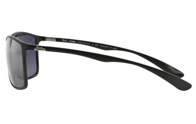 bd03549b5dcbb Imagem de Óculos de Sol Ray Ban Liteforce RB4179 601S8262 Preto Fosco Lente  Polarizada Prata Espelhada