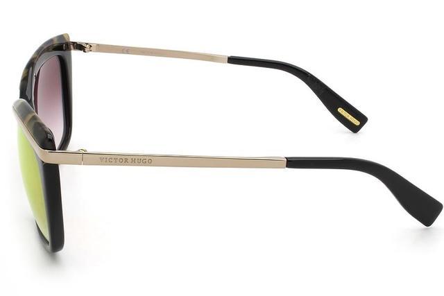 534173a16 Imagem de Óculos de Sol Victor Hugo SH1739 700G/55 Preto/Tartaruga