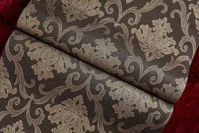Imagem de Papel de parede vinílico marrom escuro arabesco dourado