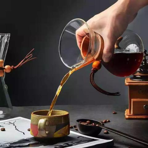 Imagem de Passador De Café De Vidro Coador Com Alça De Madeira