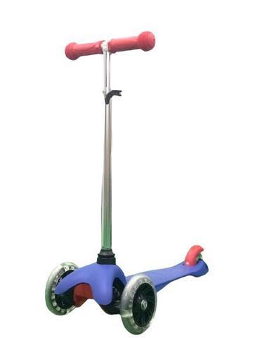 Imagem de Patinete Skatenet Com Led Nas Rodas Modelo Azul BBR Toys