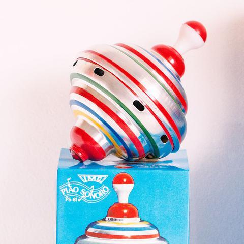 Imagem de Pião Sonoro de Alumínio P - Brinquedos Clássicos