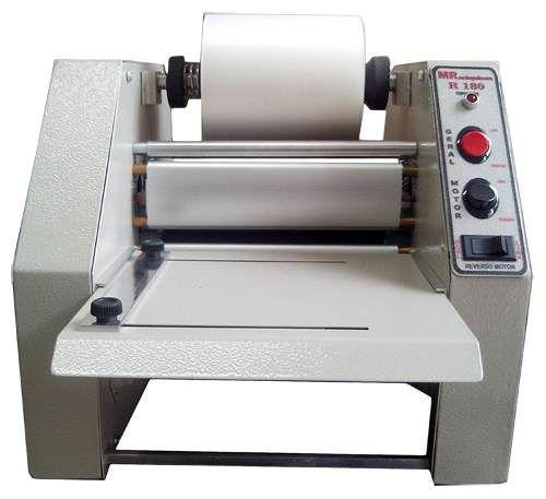Imagem de Plastificadora Profissional De Bobina Para Crachá Rg Cic Cpf R-180