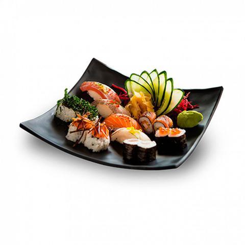 Imagem de Prato Quadrado Concavo 15 Cm para Sushi em Melamina / Plastico Preto  utilgoods