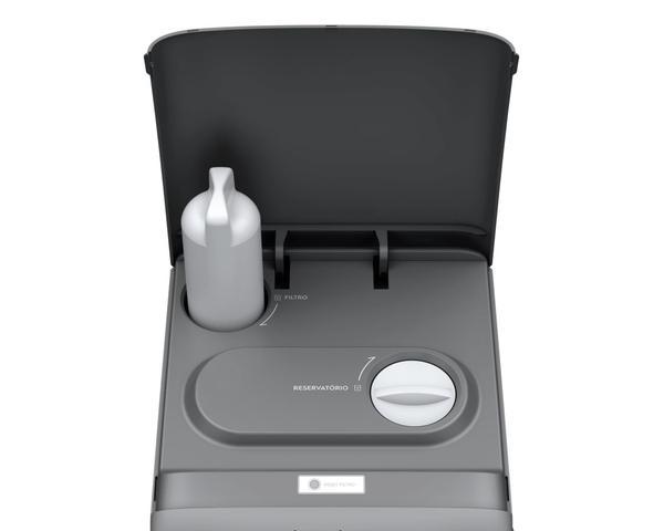 Imagem de Purificador de Água cor Prata com Refrigeração por Compressor Electrolux (PC41X)
