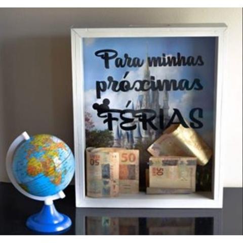 Imagem de Quadro cofre infantil personalizado proximas ferias retro de parede porta notas e moeda porquinho em