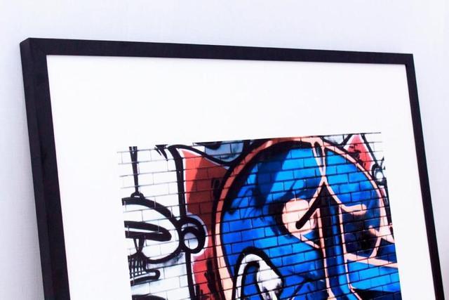 Imagem de Quadro Decorativo com Moldura Preta Grafite Arte de Rua 80x80cm