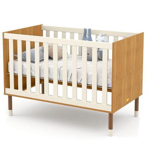 Imagem de Quarto de Bebê 3 Portas com Cômoda Gaveteiro UP Freijó Off White Eco Wood e Colchão - Matic