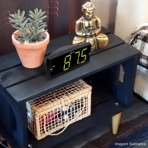 Imagem de Rádio Relógio Lenoxx RR 736 AM FM Display 1.8 Polegada Despertador Função Soneca Entrada Auxiliar