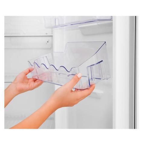Imagem de Refrigerador Electrolux Cycle Defrost 260L Branco 127v - DC35A