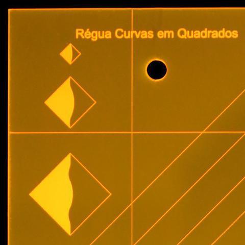 Imagem de Régua para Patchwork Curvas em Quadrados
