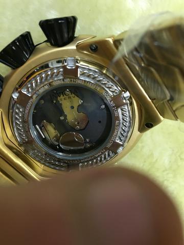 Imagem de Relogio invicta masculino 21360 dourado preto cabo de aço