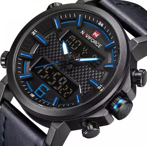 Imagem de relogio masculino naviforce 9135 preto com azul digital analogico em couro