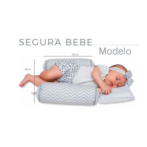 Imagem de Rolinho Segura Bebê Dolly Chevron Rosa