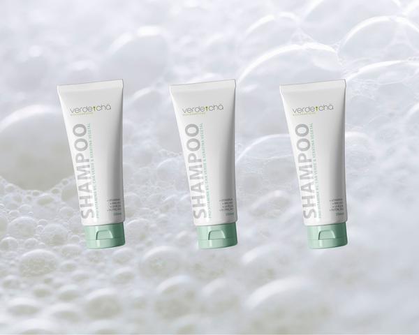 Imagem de Shampoo com Keratina Vegetal + Pró-Vitamina B5 + Alfarroba + Chá Verde, 250ml