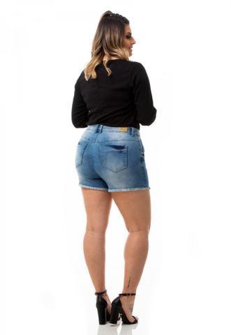 Imagem de Shorts Feminino Jeans Cintura Alta Plus Size