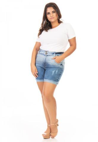 Imagem de Shorts Feminino Jeans Cós Desfiado Plus Size
