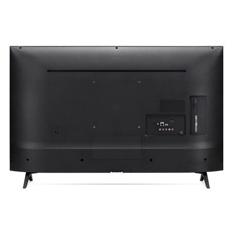Imagem de Smart TV Led 50'' LG 50UM Ultra HD 4K Thinq AI Conversor Digital Integrado 4 HDMI 2 USB Wi-Fi