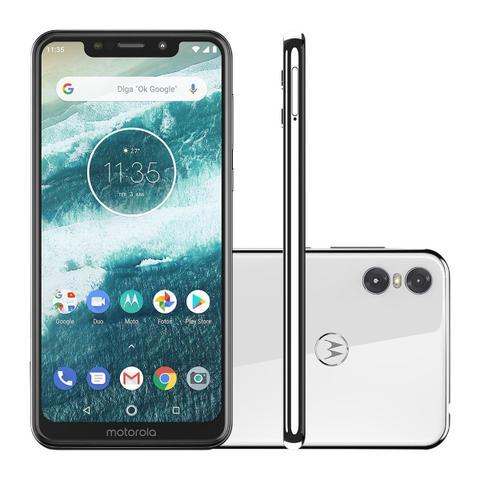 Imagem de Smartphone Motorola One Xt1941 5.9 32gb 3gb Ram 4g Dual Sim Cam. 13mp e 2mp Frontal 8mp Branco Ediçao Limitada