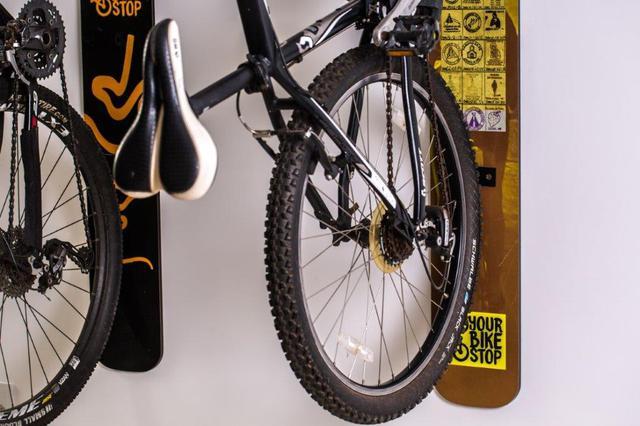 Imagem de Suporte de parede para bicicleta design road
