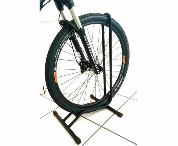 Imagem de Suporte de roda para bicicleta aro 29 de chão