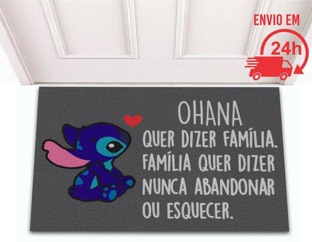 Imagem de Tapete Capacho Decorativo Divertido Stitch Ohana Quer Dizer Familia