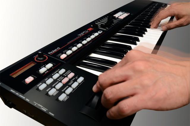 Imagem de Teclado Sintetizador Xps-10 Roland